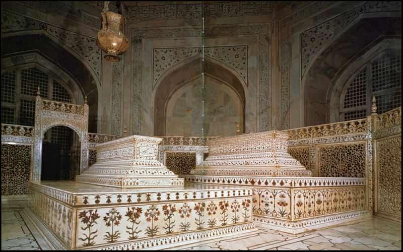 Mumtaz Mahal Tomb in the Taj Mahal