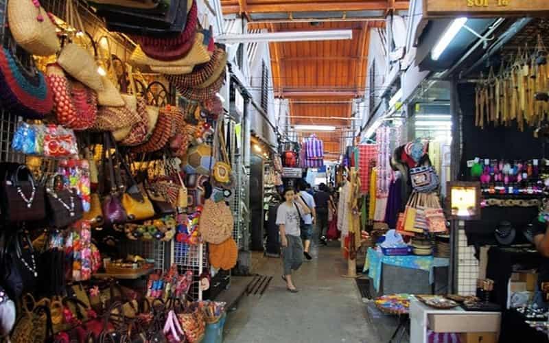 Manu Market