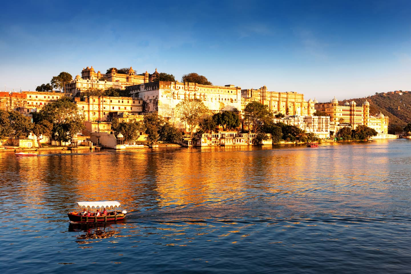 30 Places For a Romantic Udaipur Holiday, Udaipur Sightseeing