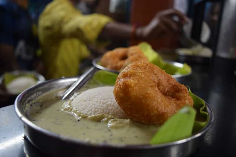 Relish Medhu Wada at Sri Raghavendra Stores