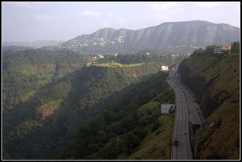 The view from the expressway that connects Mumbai and Lonavala