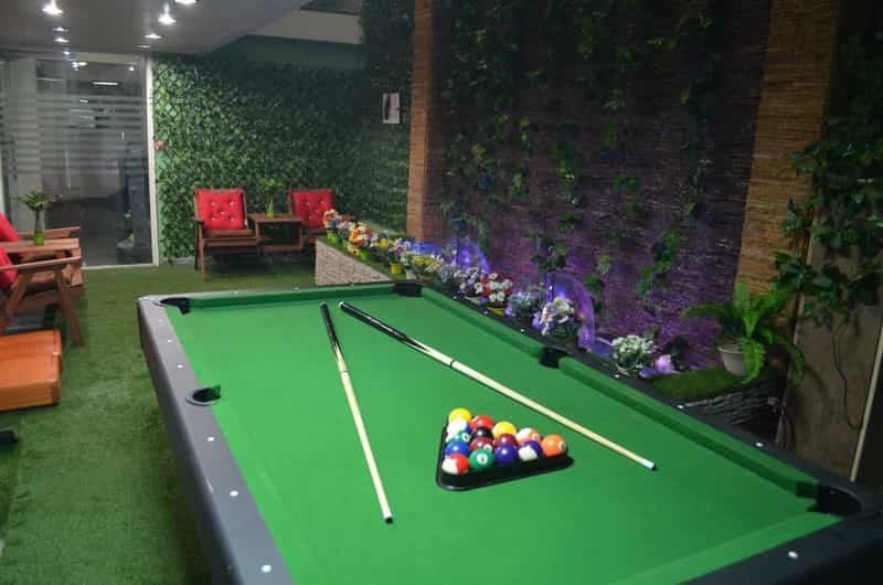 Snooker Paradise & Cafe