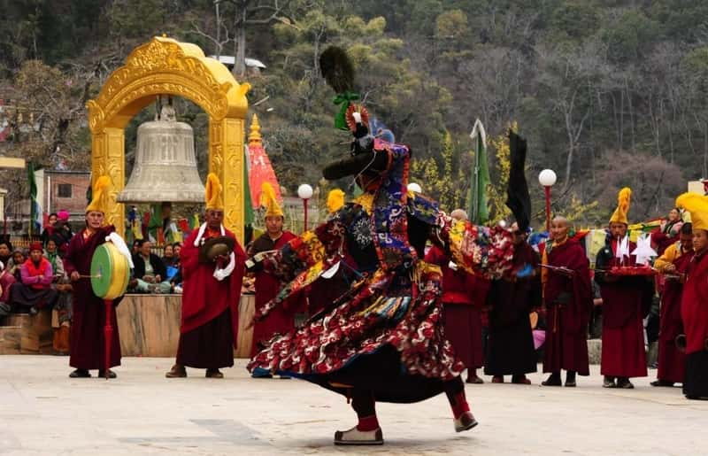 Traditional dance during losar festival