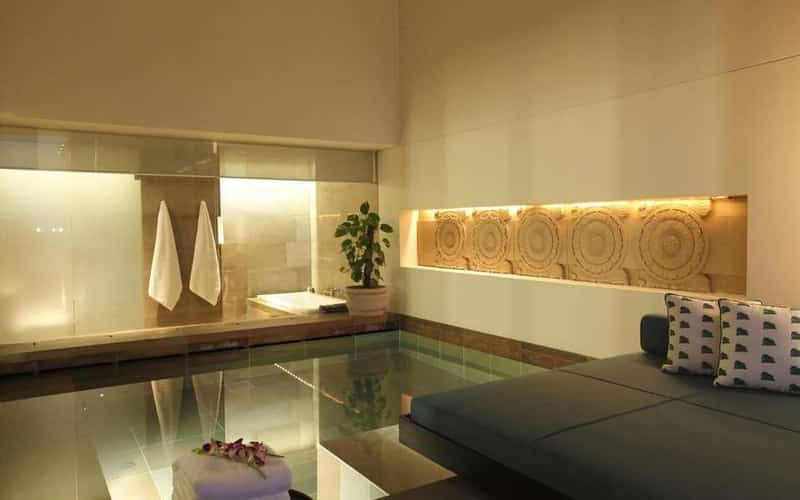 A massage at The Lodhi is a truly indulgent experience for couples