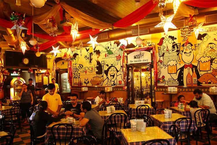 Cafe Mondegar, Colaba