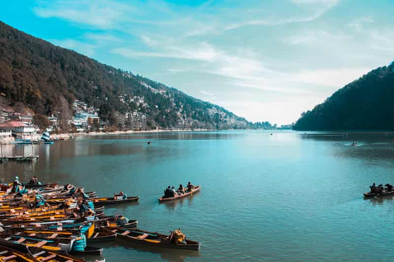 Gorgeous view of the Nainital Lake.