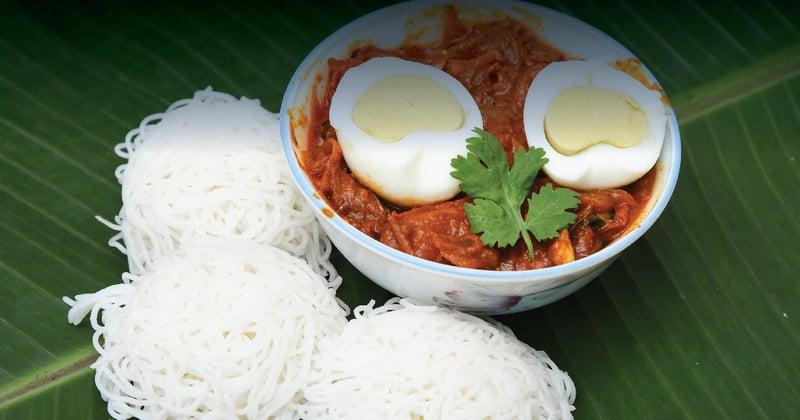 Idiyappam with Egg Curry