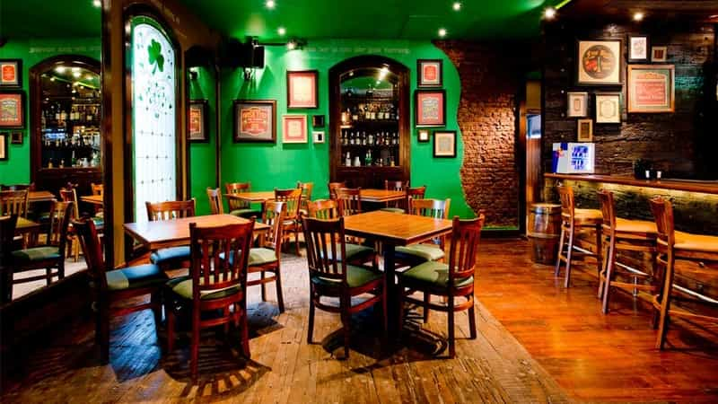 Irish House, Malad