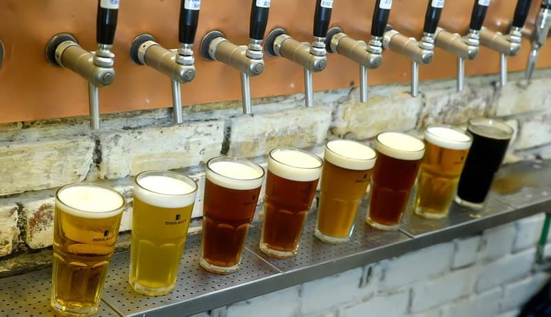 On tap brews include Oatmeal Stout, Rauch Bier, English Brown Ale and Belgian Witbier