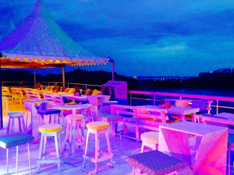 Pier 33 - A Brew Pub ni Hyderabad