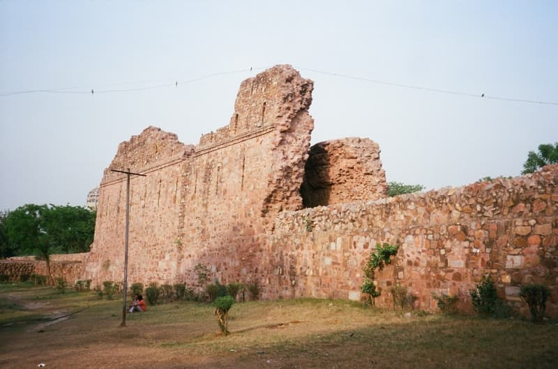Ruins of Siri fort