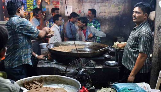 The 13 Must-try Street Food In Lucknow
