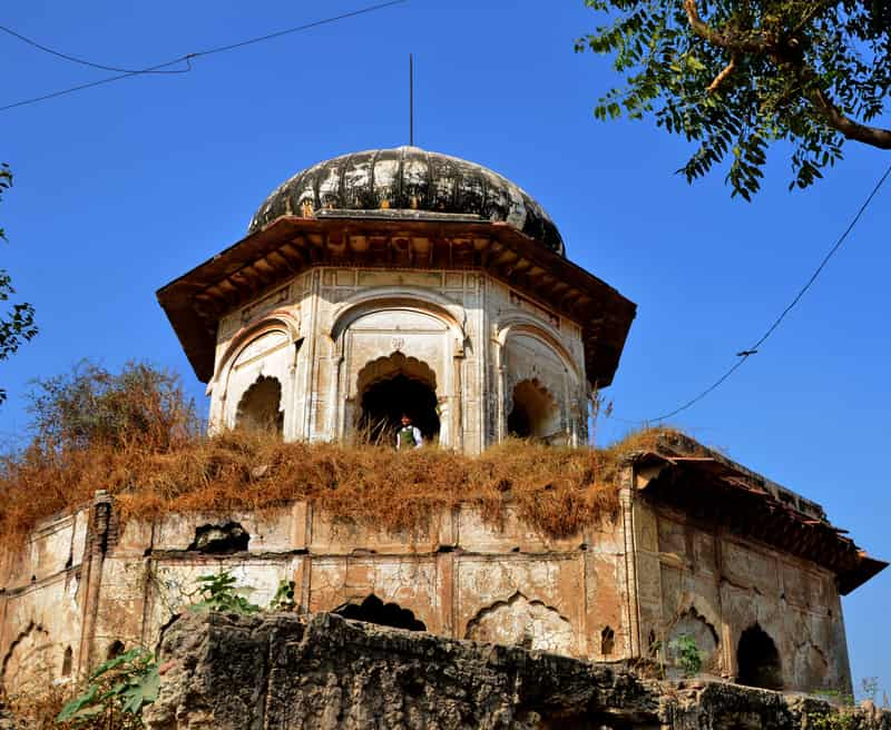 The gorgeous Sethani Ki Chhatri in Farrukhnagar