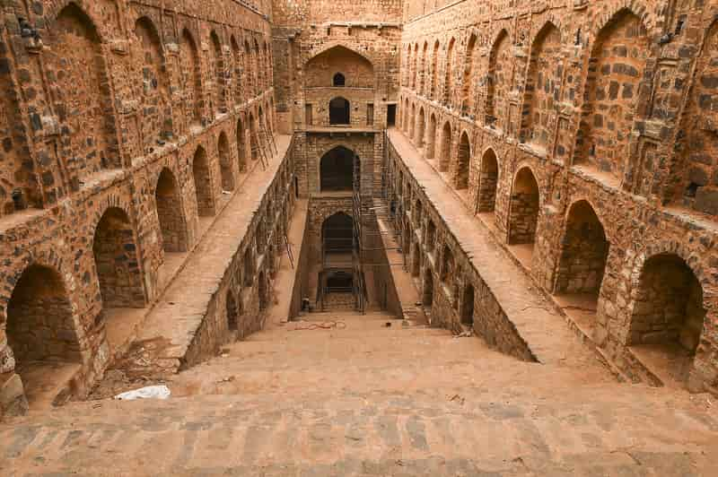 The stairway into the Baoli