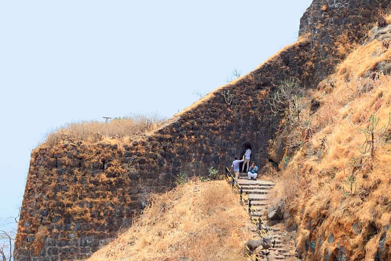 Trekkers at the entrance to the fort