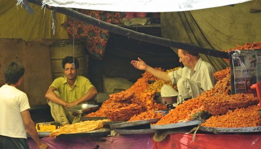 Street Food In Dehradun & 12 Best Places to Get Them