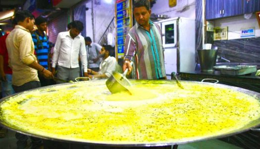 14 Street Foods in Indore That Cannot Be Missed