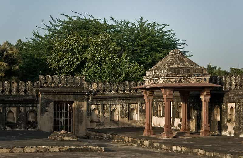 You need permission to visit this tomb at night