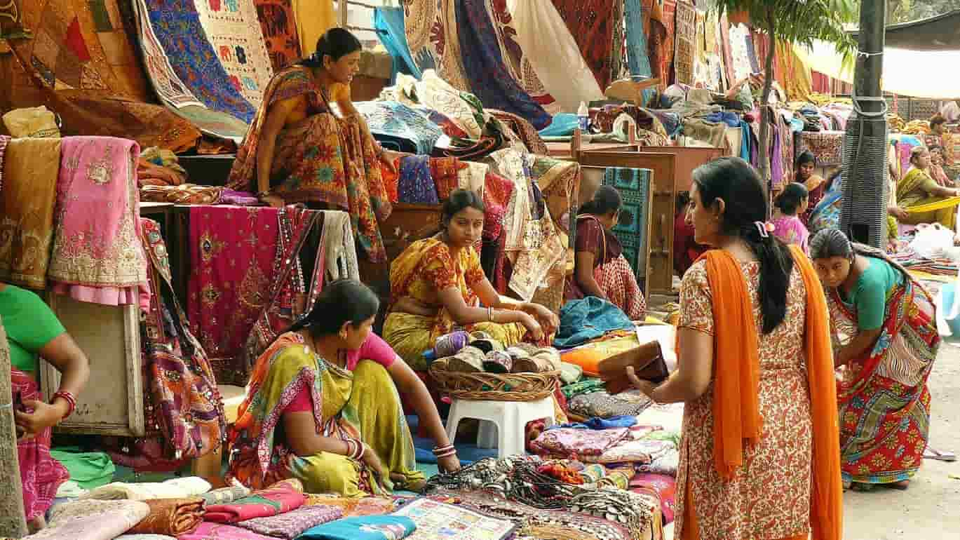 Top 10 Sunday Markets in Delhi
