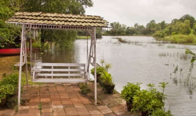 Cottages at Kolad, where you can spend the night