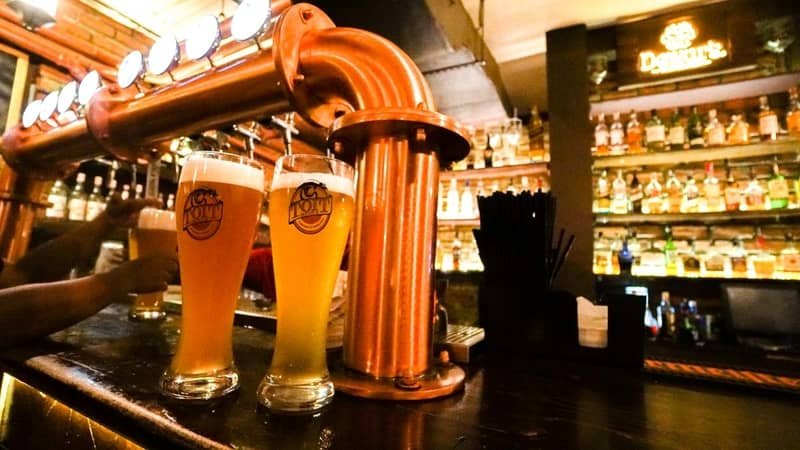 Enjoy freshly brewed beer with friends at Toit
