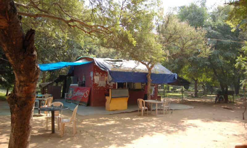 JNU Dhabas, Mehrauli
