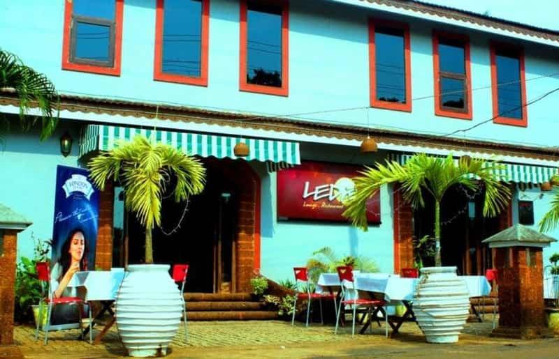 Leda Lounge