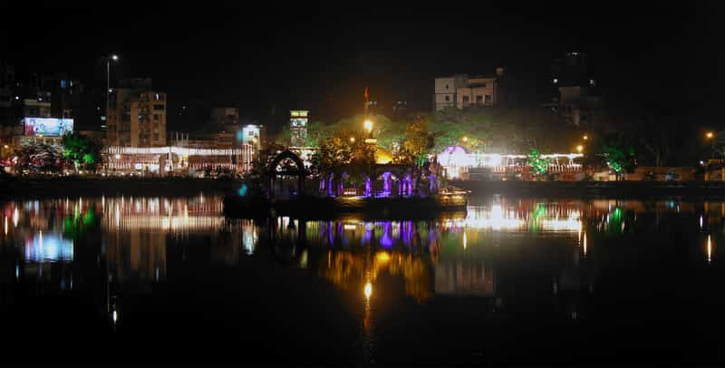The Talao Pali lake at night