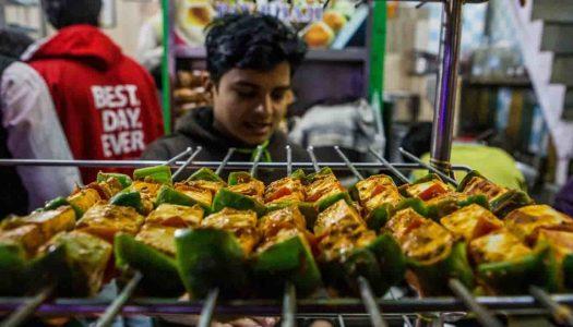 18 Famous Food Places in Delhi