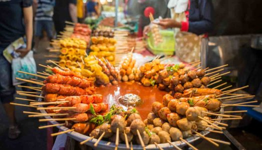 7 Mouth-Watering Street Foods in Nashik You Absolutely Must Try