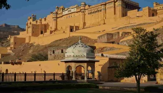 10 of the Grandest Palaces to Visit in Jaipur