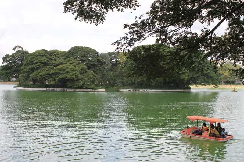 Boating on the Ulsoor Lake is a fun family activity in Bangalore