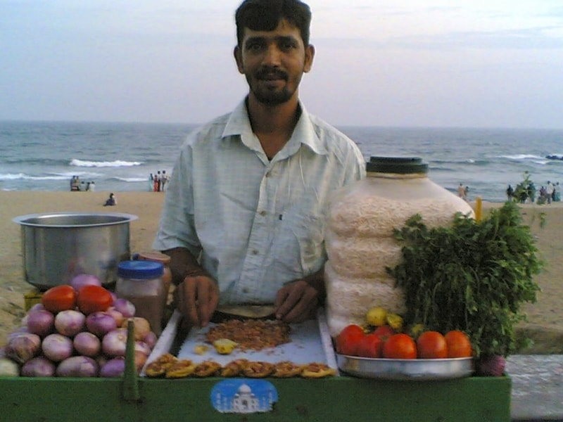A Muri Mixture vendor at RK Beach