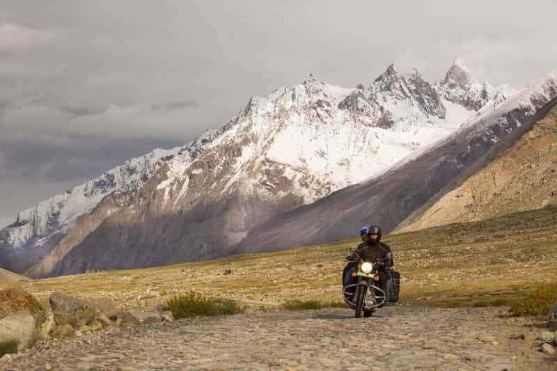 A biker on his way to Leh from Srinagar
