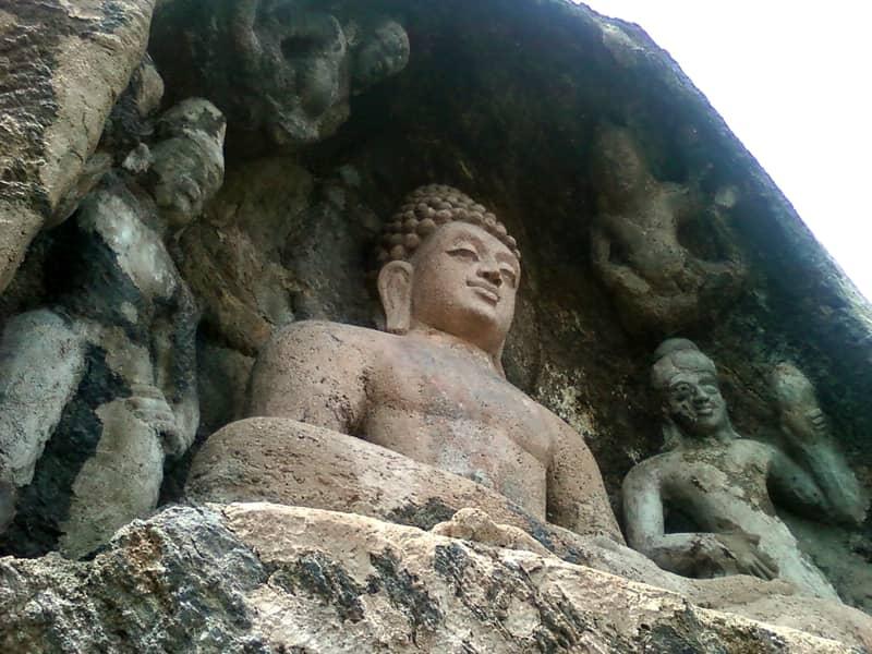 Statue at Bojjannakonda
