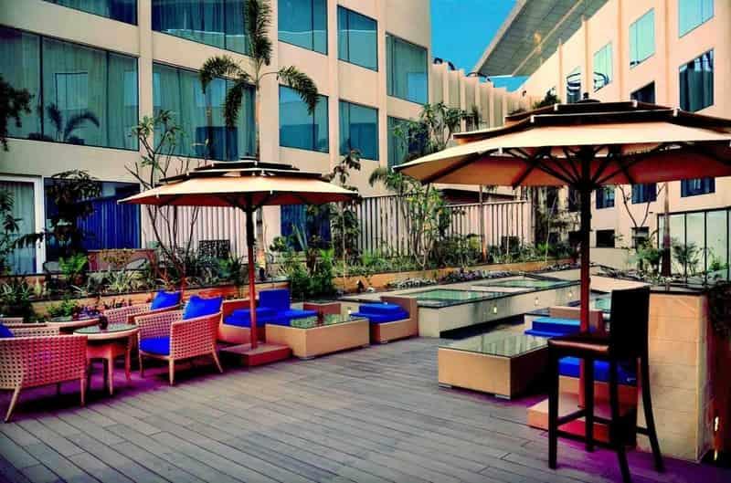 The Lounge - Crowne Plaza Jaipur