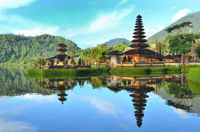 The Pura Ulun Danu temple