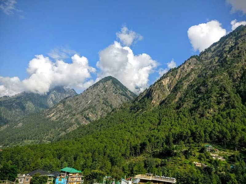 The hills in Parvati Valley