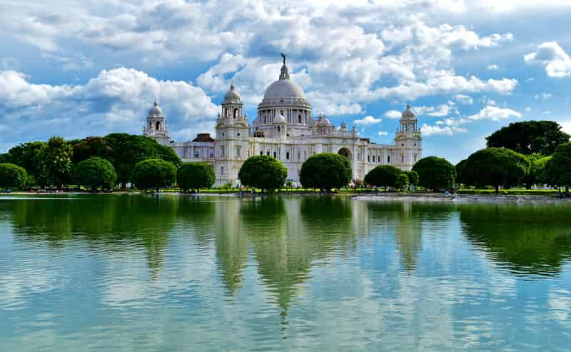Victoria Memorial showcases some beautiful architecture